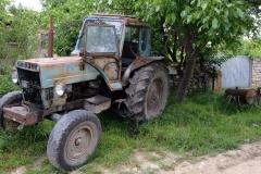 """Autowerkstatt und """"Vineria"""" auf dem Land"""