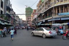 Von-der-Insel-back-in-Phnom-Penh-14