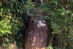 Laos-Mauer-4b