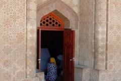 Mausoleum-von-Aisha-Bibi-9