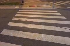 Zebrastreifen und Ampel