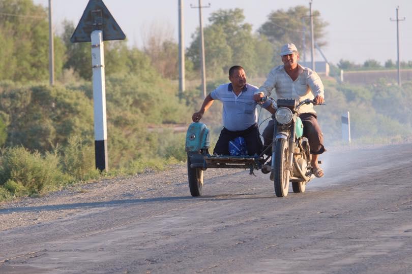 Auf den Straßen in Usbekistan, Autonomen Republik Karakalpakistan