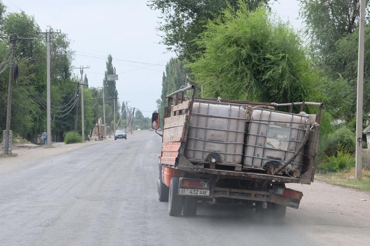 Auf-den-Strassen-von-Bishkek, Kirgisien