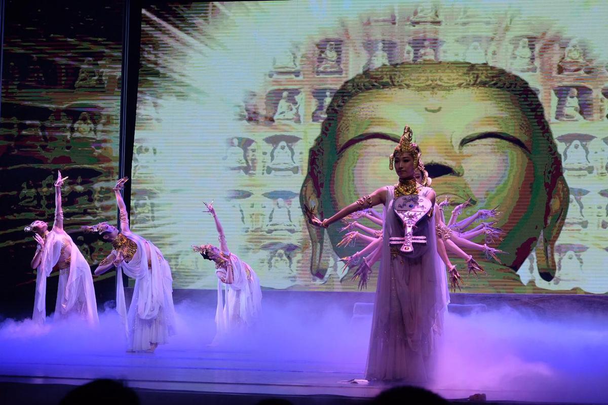 Chinesisches Tanztheater über die Seidenstraße