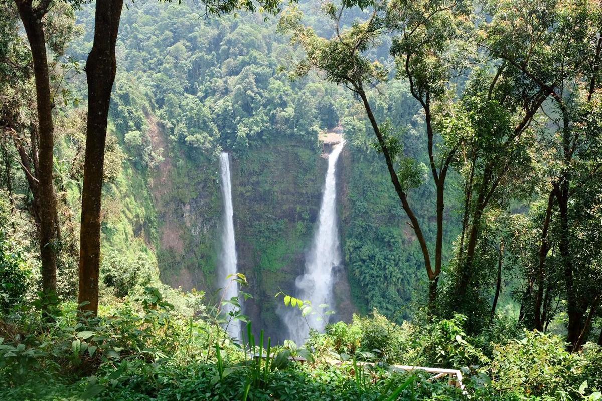 Tad Fane Wasserfälle in Laos